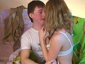 זוג רוסיות חמות אוהבות סקס טוב!