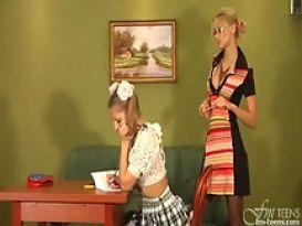 אנה סביטנה מורה לסבית