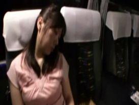 יפניות ישנות באוטובוס מקבלות טיפול נוקב!