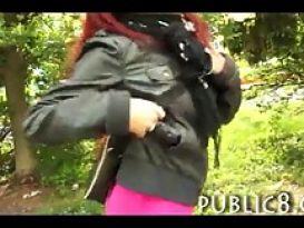 ג'יפסית ג'ינג'ית מקבלת סקס אנאלי וגמירה לפנים