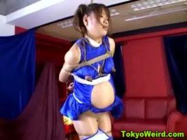 פטיש ההריון Bound ילדה אסיאתית נחלבת