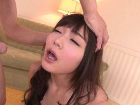 Teen Slim Megumi Shino לוקח חדירה כפול
